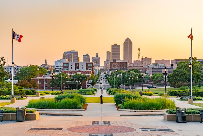 Des Moines, orizzonte dello Iowa immagine stock libera da diritti