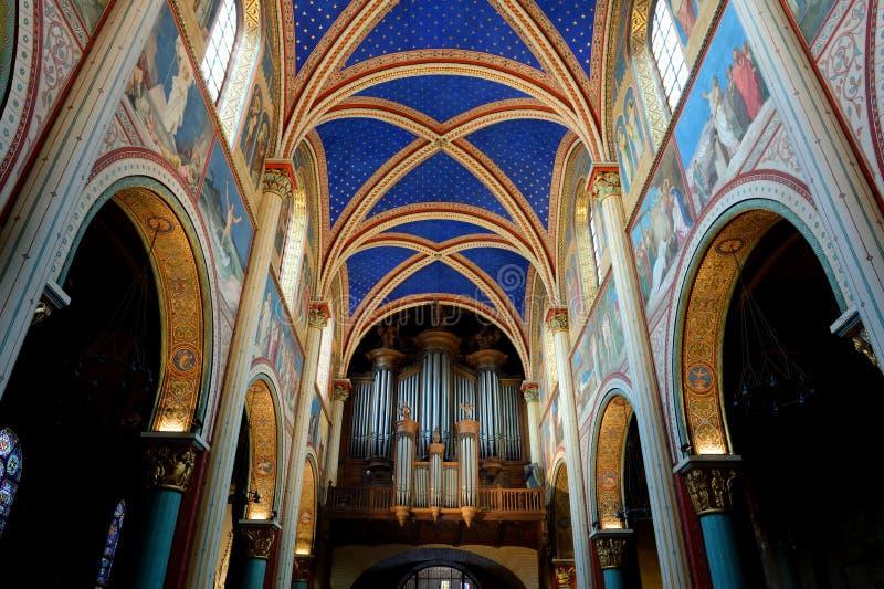 DES Prés de St Germain d'église à Paris image libre de droits