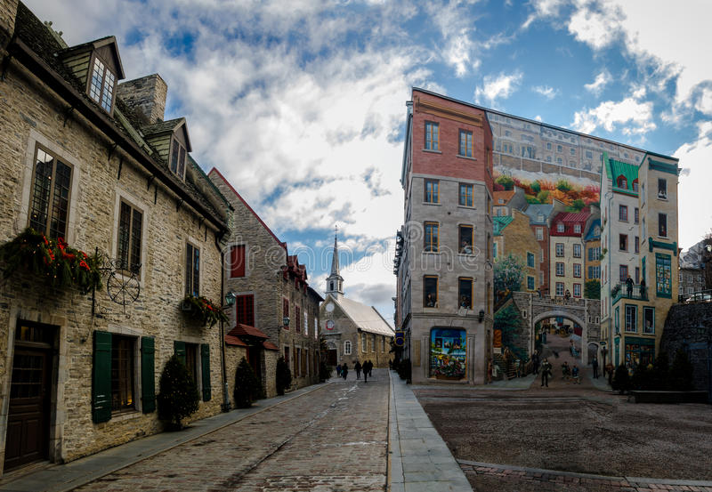 Des Quebecois и Пляс Руаяль Fresque фрески Квебека - Квебек (город), Канада стоковое фото rf