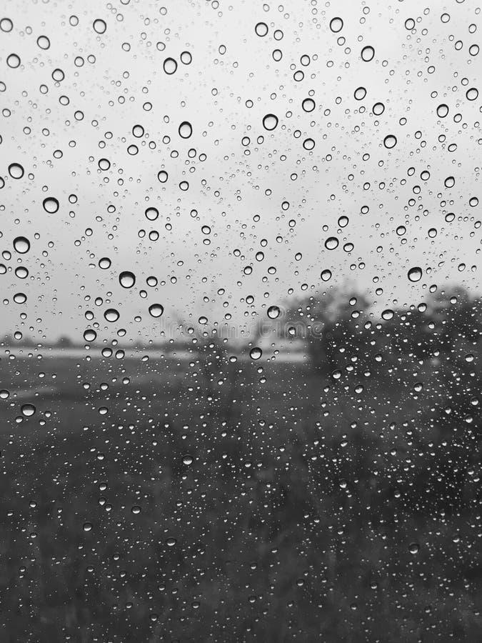 Des Regens Schwarzes allein lizenzfreies stockbild