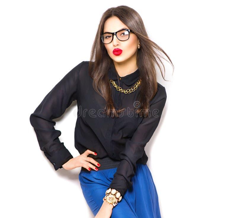 Des sexy tragende Gläser Mode-Modell-Mädchens der Schönheit stockfotos