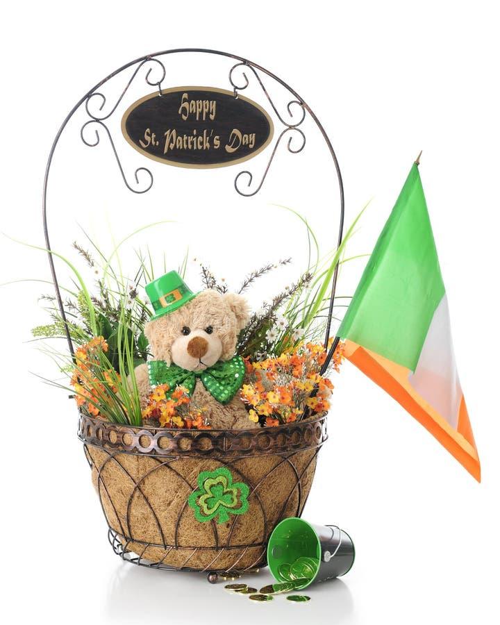 Des St Patrick des Teddybären Tageswünsche lizenzfreies stockbild