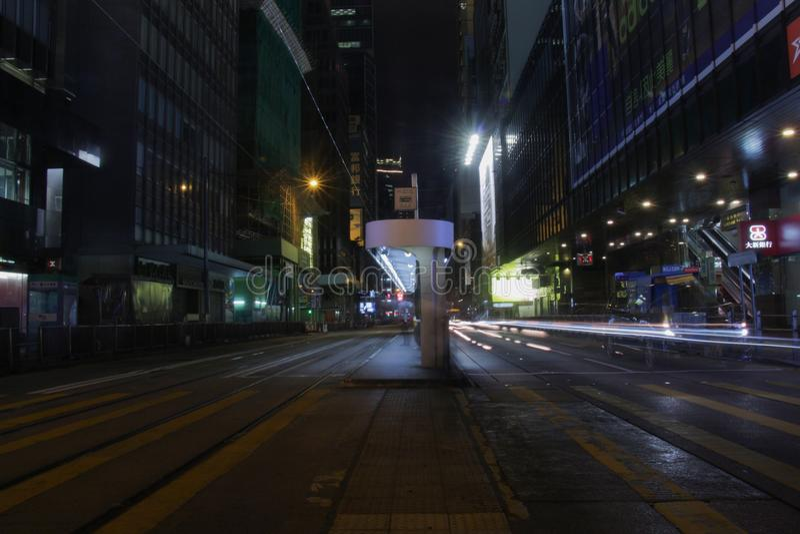 Des Voeux Drogowa centrala nocą w HK obraz stock