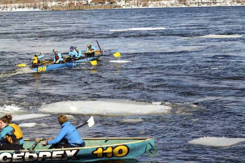 Desafio Bota Bota Montreal da canoa do gelo fotos de stock