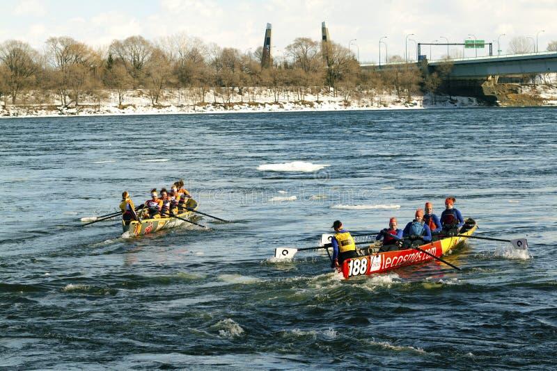 Desafio Bota Bota Montreal da canoa do gelo foto de stock royalty free