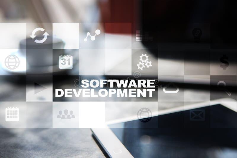 Desarrollo de programas en la pantalla virtual Usos para el negocio programación imagen de archivo libre de regalías