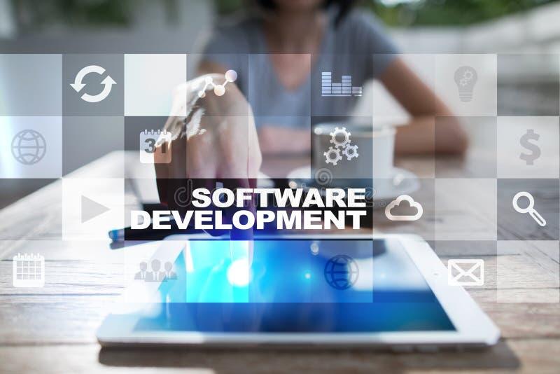 Desarrollo de programas Usos APPS para el negocio programación fotos de archivo