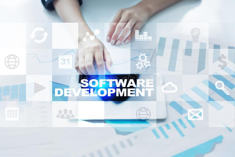 Desarrollo de programas Usos para el negocio programación foto de archivo libre de regalías