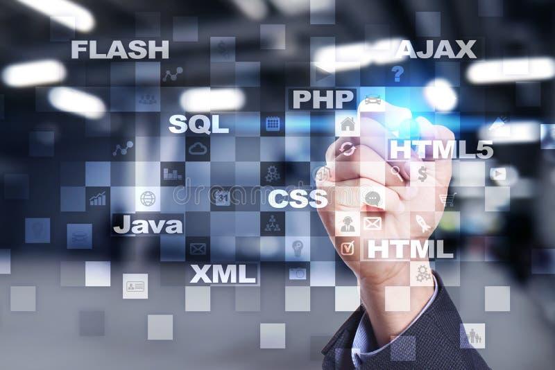 Desarrollo web programación Concepto de Internet y de la tecnología fotografía de archivo libre de regalías