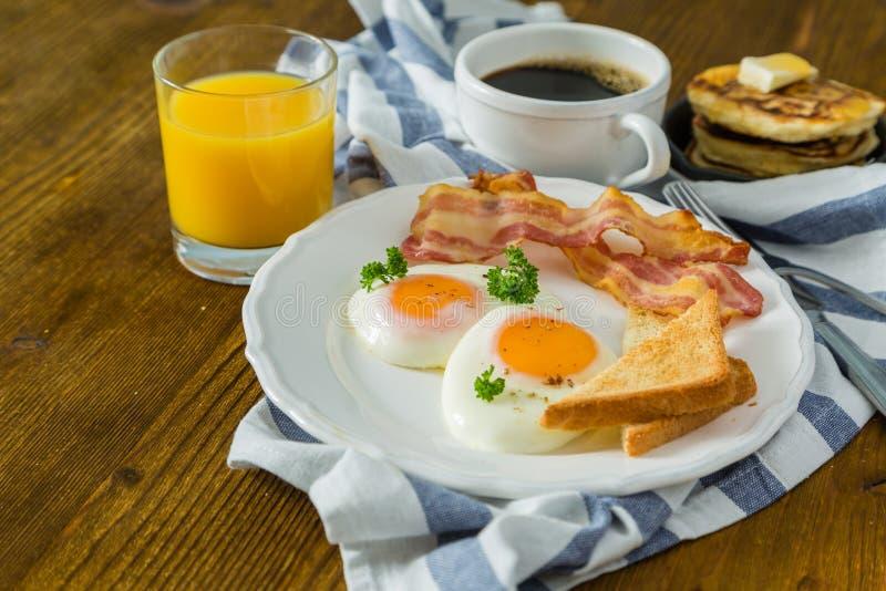 Hotel Con Desayuno Americano