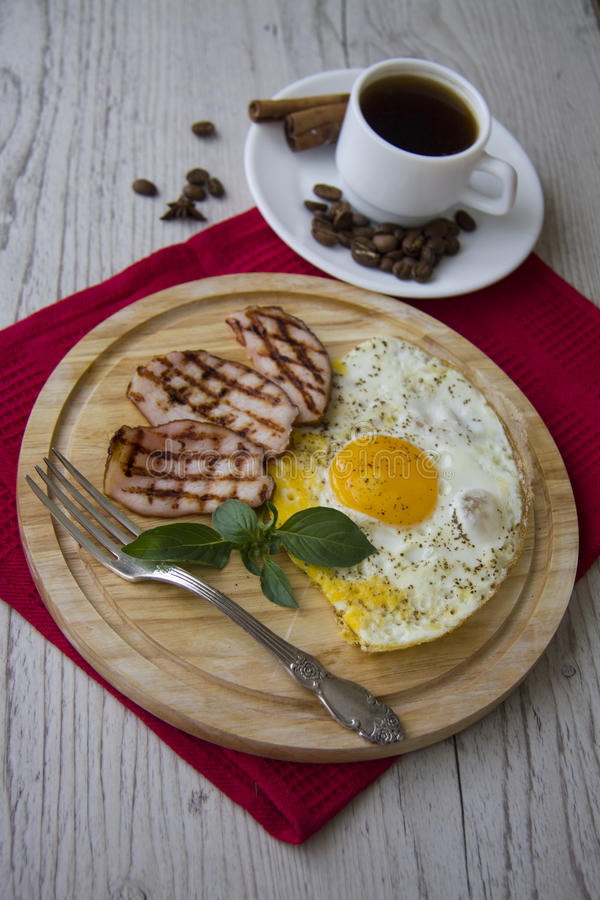 Desayuno clásico imagen de archivo libre de regalías