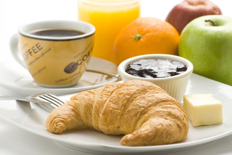 Desayuno continental del café y de los croissants imágenes de archivo libres de regalías