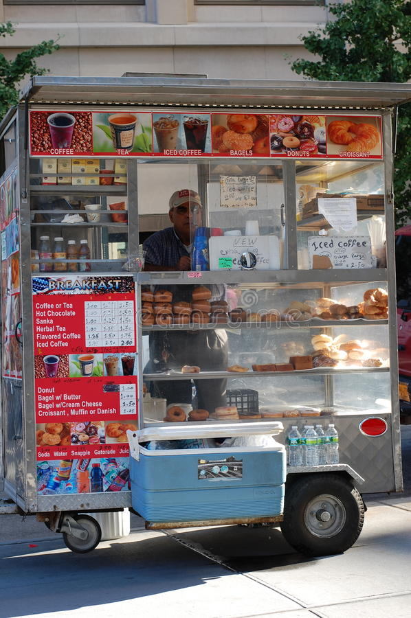 Desayuno de la acera de New York City fotos de archivo libres de regalías