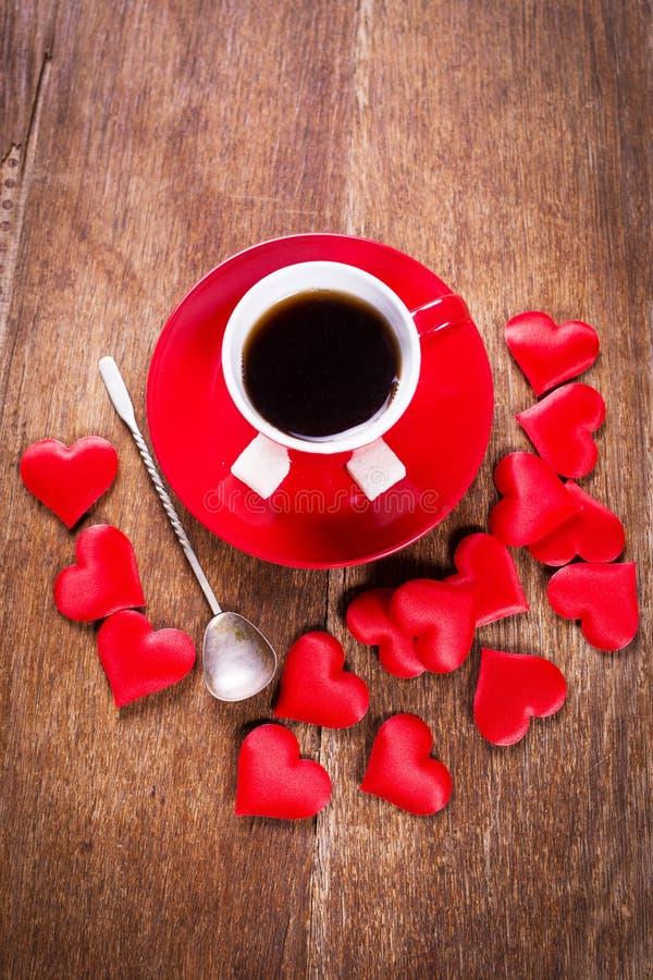 Desayuno de la mañana para el día de tarjetas del día de San Valentín fotos de archivo libres de regalías