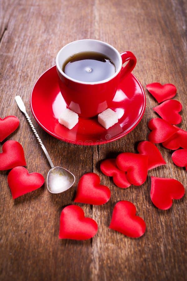 Desayuno de la mañana para el día de tarjetas del día de San Valentín fotografía de archivo libre de regalías