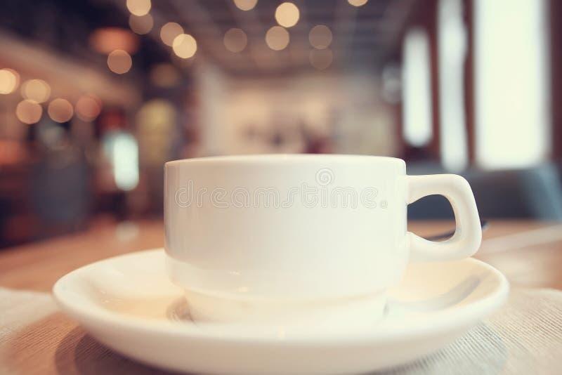 Desayuno en el café imagen de archivo libre de regalías