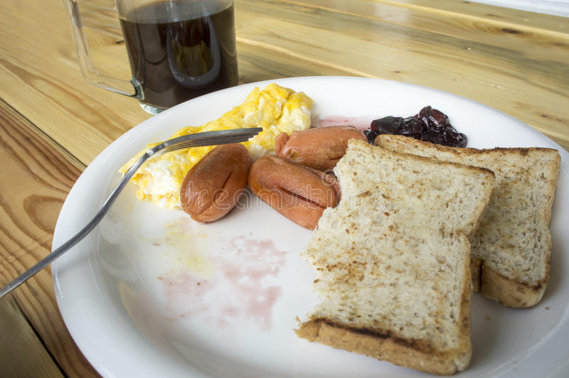 Desayuno en la placa fotografía de archivo