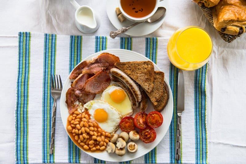 Desayuno inglés lleno tradicional imagen de archivo
