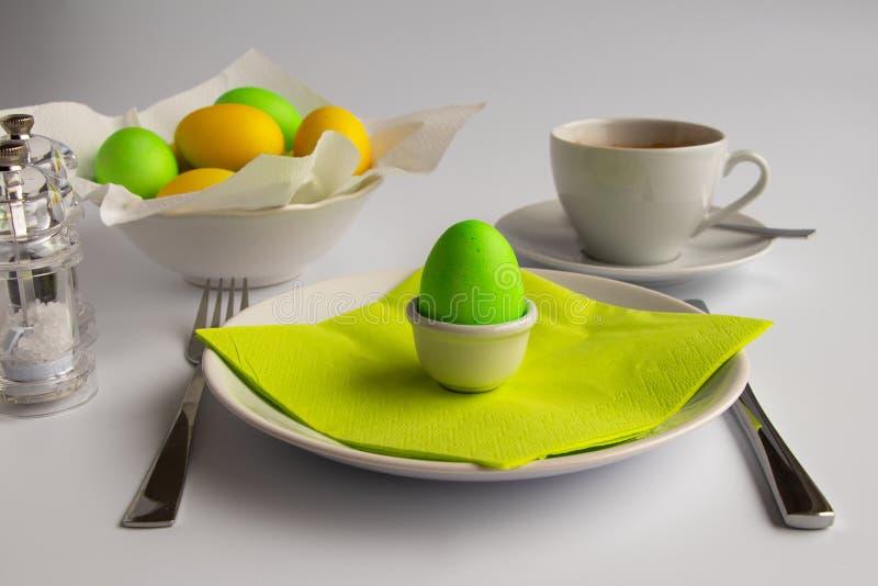 Desayuno o brunch de simbolización de Pascua de la fotografía del estudio imagen de archivo