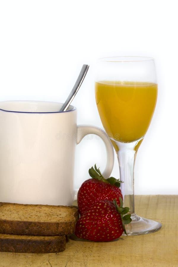 Desayuno sano con las fresas foto de archivo