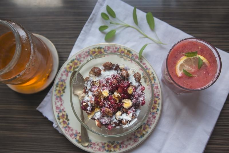 Desayuno sano y sabroso imágenes de archivo libres de regalías