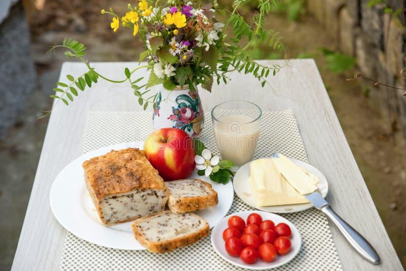 Desayuno vegetariano sano fotos de archivo libres de regalías