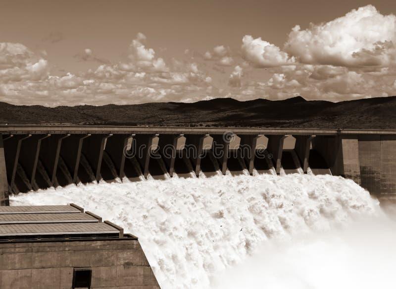 Desbordamiento de la presa de Gariep fotografía de archivo