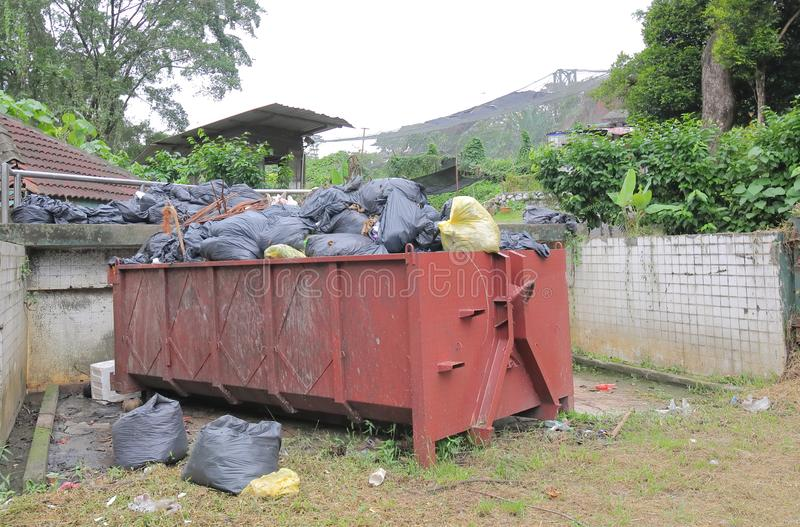 Descarga de desperdícios Kuala Lumpur Malaysia imagens de stock
