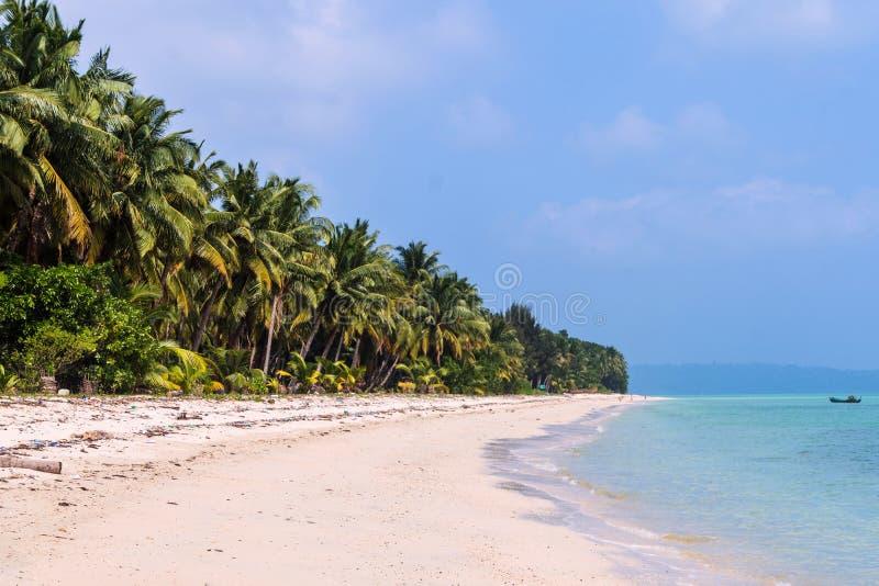 Descarga-lado en la playa foto de archivo
