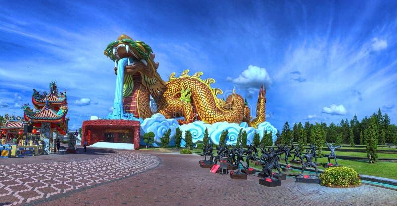 Descendants musée, Suphan Buri, Thaïlande de dragon image stock