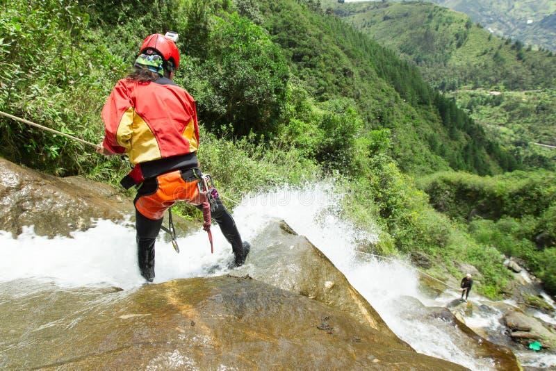 Descente de canyon Chamana Banos De Agua Santa image libre de droits