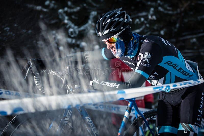 Deschutes-Brauerei-Schale Cyclocross: Ben Berden lizenzfreie stockbilder