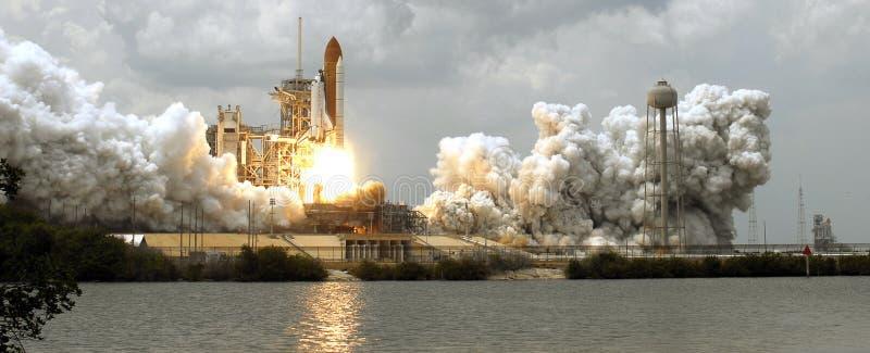 Descolagem da canela de espaço fotografia de stock royalty free