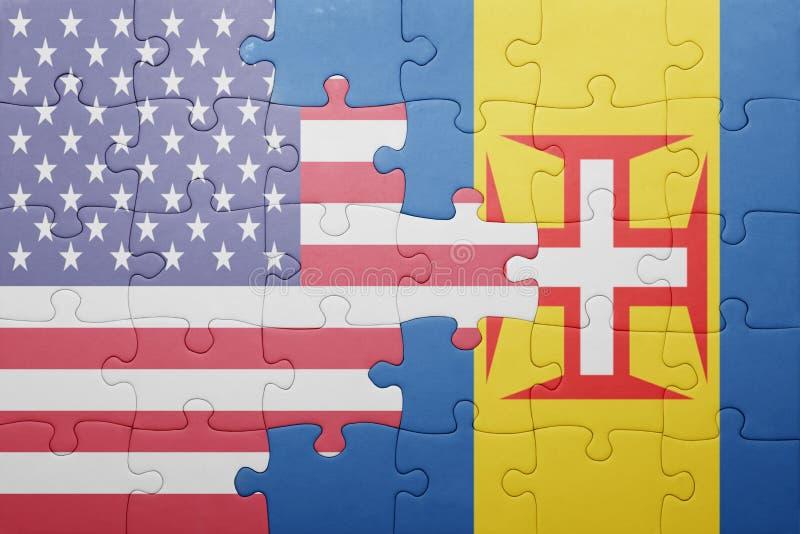Desconcierte con la bandera nacional de los Estados Unidos de América y de Madeira foto de archivo libre de regalías