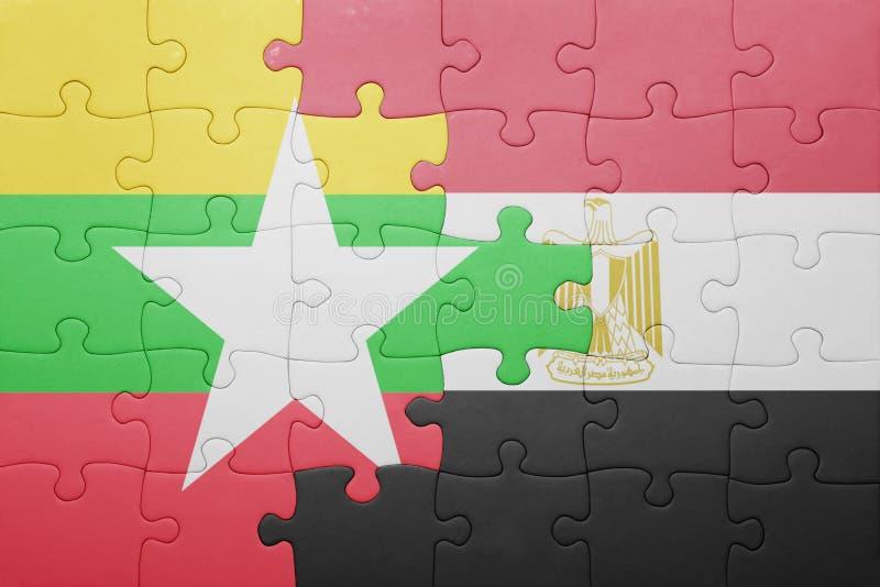 desconcierte con la bandera nacional de myanmar y de Egipto libre illustration
