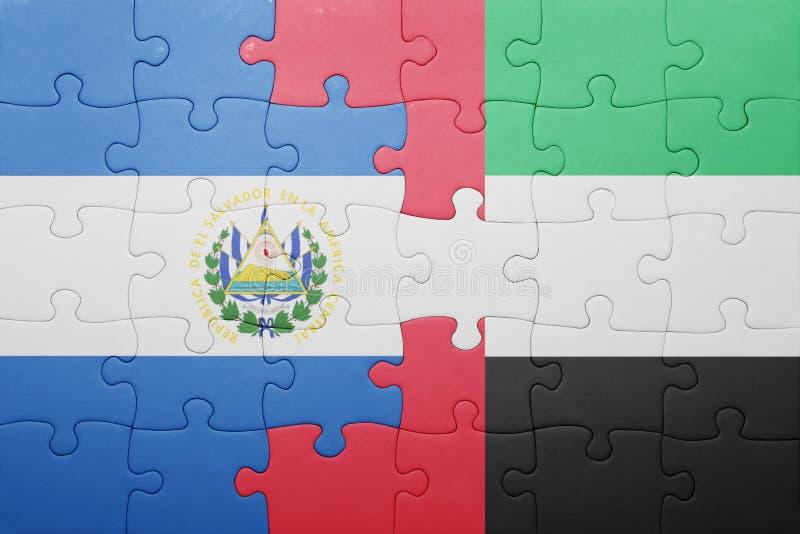 desconcierte con la bandera nacional de United Arab Emirates y de El Salvador foto de archivo libre de regalías