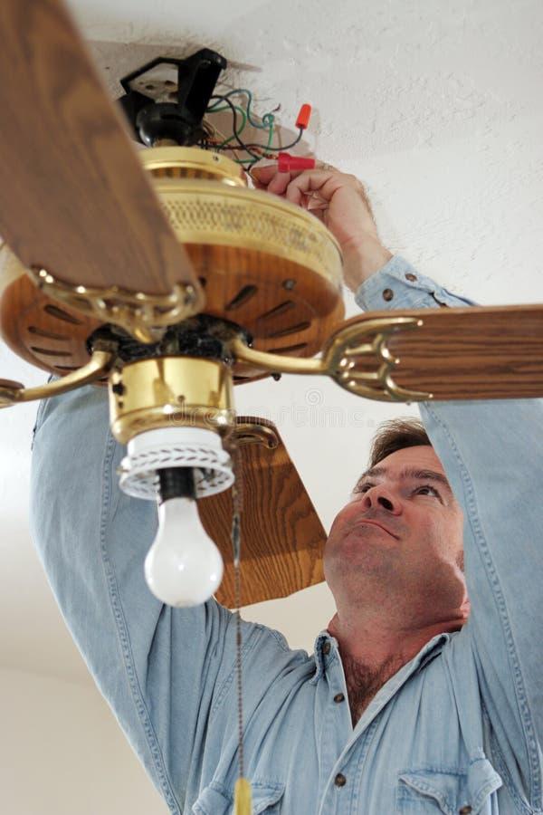 Desconexión de los alambres del ventilador fotografía de archivo