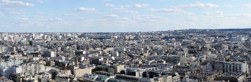 Descripción del mar de las casas del ‹del †del ‹del †de París, vida urbana de la imagen del panorama en un espacio estrecho,  imágenes de archivo libres de regalías