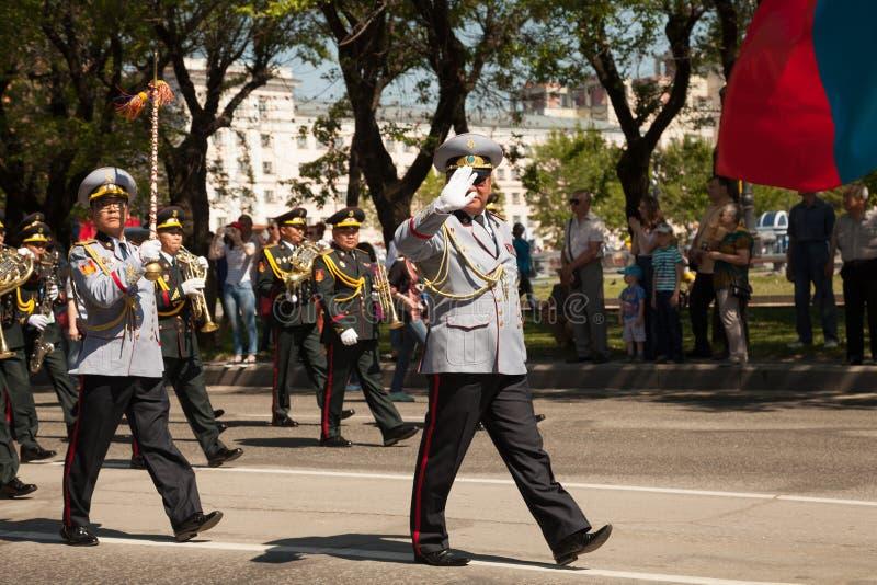 Desempenho de marcha da orquestra de bronze fotografia de stock royalty free