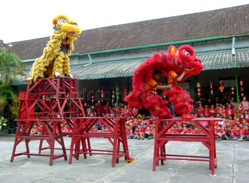 Desempenhos culturais chineses foto de stock royalty free