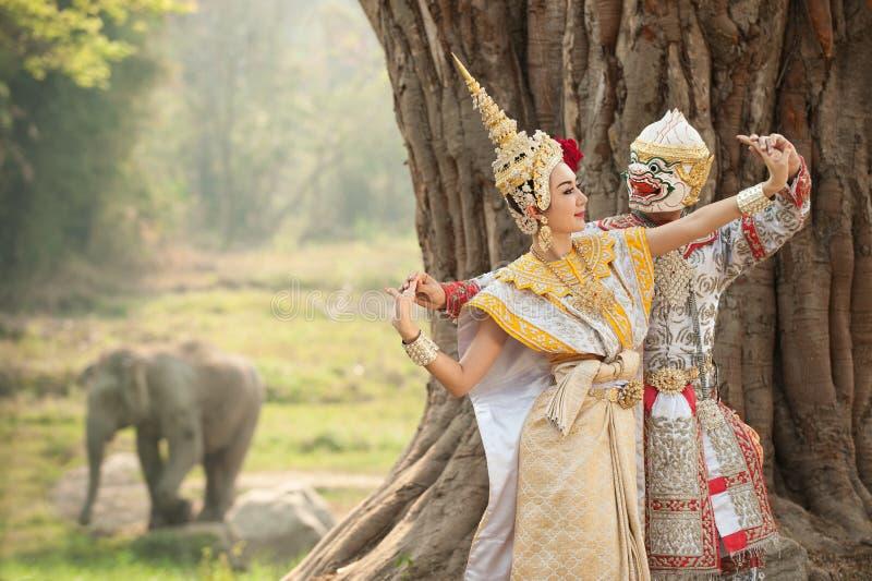 Desempenhos da pantomima em Tailândia foto de stock