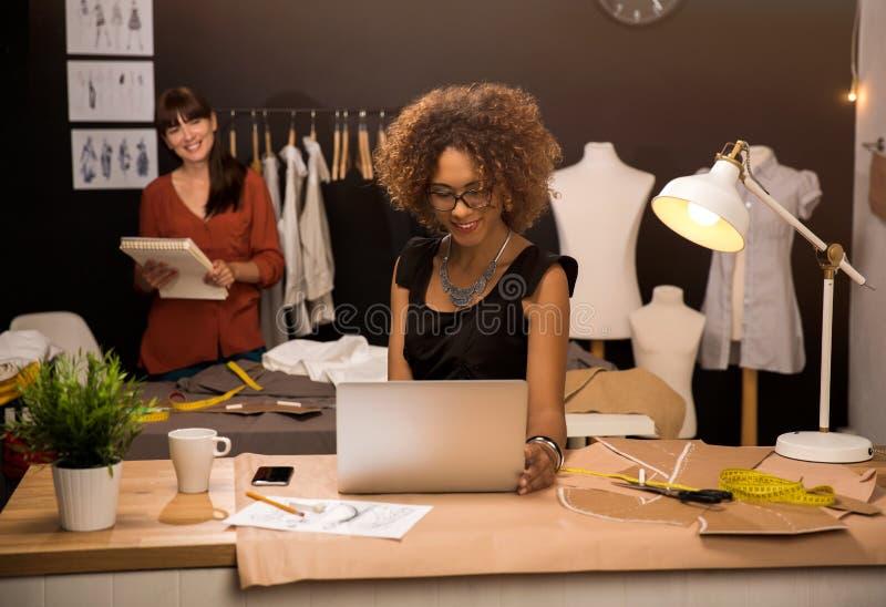 Desenhadores de moda imagem de stock