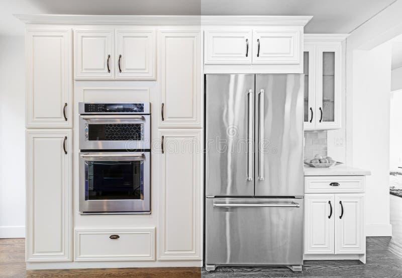Desenho arquitetónico da cozinha com ilustração dos dispositivos foto de stock