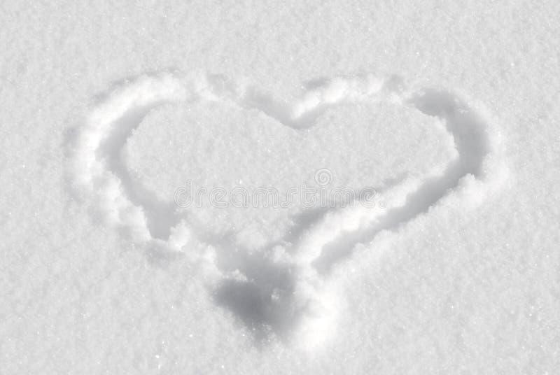Download Desenho do coração na neve foto de stock. Imagem de inverno - 12800158