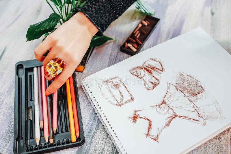 Desenho do desenhador de moda da inspiração da faculdade criadora imagens de stock