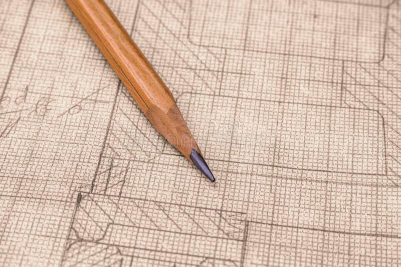 Desenho técnico velho no papel de gráfico com lápis foto de stock
