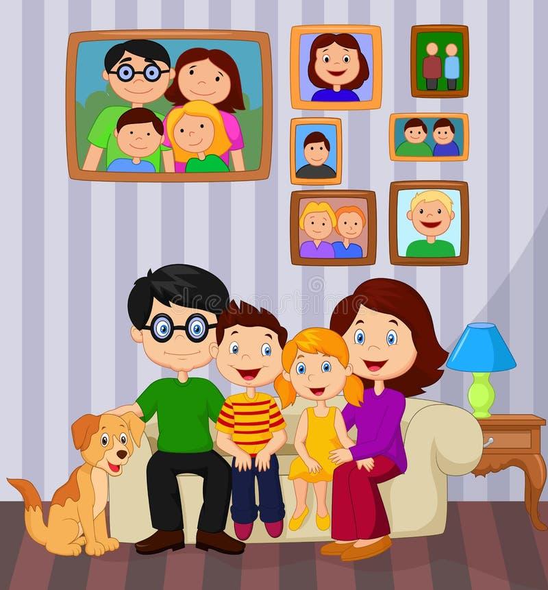 Desenhos animados felizes da família que sentam-se no sofá ilustração royalty free