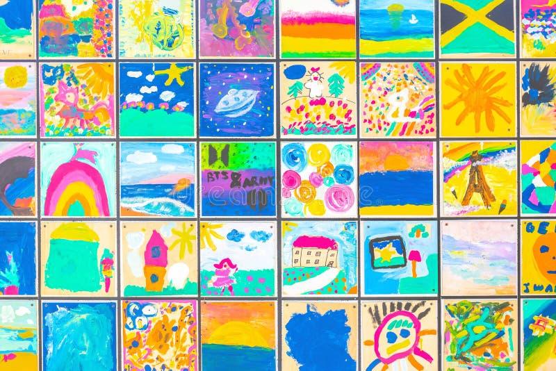 Desenhos nas velas Objeto artístico 'Navio de tolerância' fotos de stock royalty free