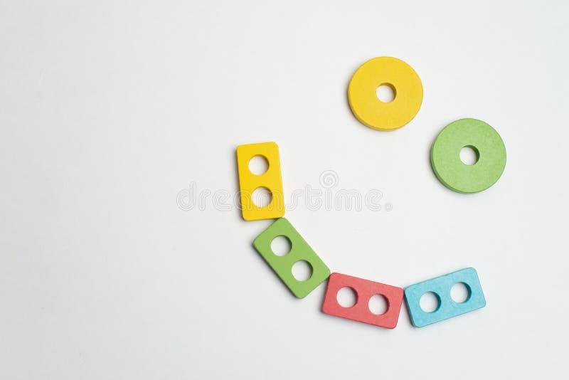Desenvolvimento colorido das crianças com círculo, squara, triângulo e retângulo imagem de stock