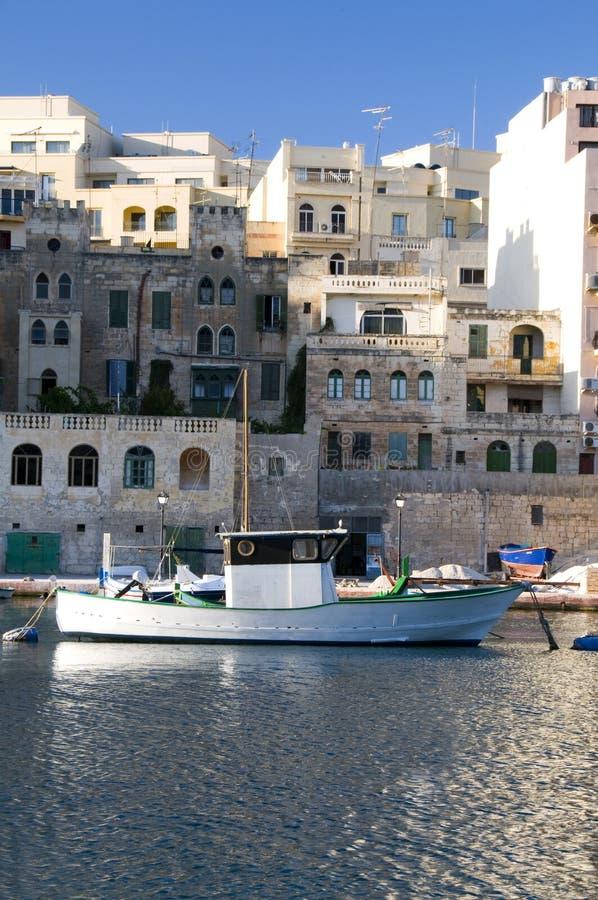 Desenvolvimento de bens imobiliários do porto do barco fotos de stock